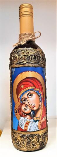 Бутилка червено вино с Богородица