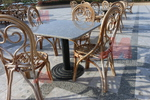 Дизайнерска основа за маса за ресторанти