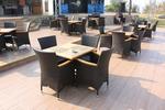 Дизайнерска стойка за маса за кафене