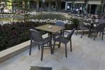 Пластмасова маса за градина, за открити пространства