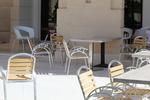 Основи за бар маса с квадратна основа за заведение