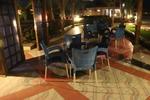 Дизайнерски плот за маса за ресторанти от верзалит