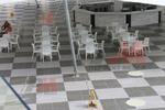 Бял плот за маса от верзалит