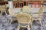Мебели и маси от естествен ратан