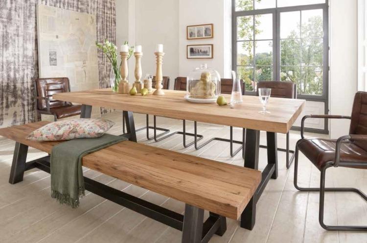 Дизайнерска дървена маса с метални крака