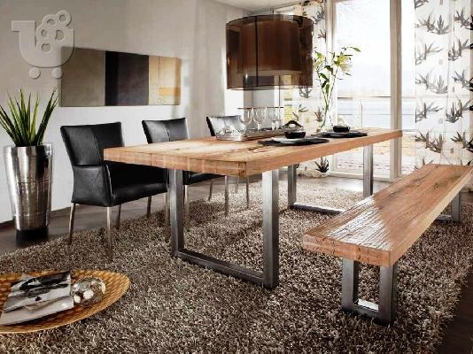 Голяма дървена трапезна маса