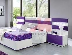 бяло лилава спалня
