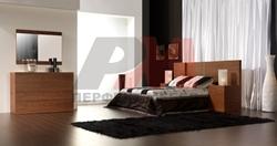 Спалня то ПДЧ дървесен декор