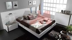 Модерна бяла спалня