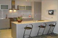 Кухня с бар Grey-