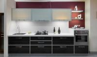 Права кухня  с алуминиеви профили