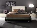Луксозна черна тапицирана спалня