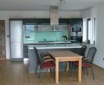 Ъглова кухня ПДЧ сребърно сиво дърво