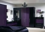 Спалня в лилаво и черно