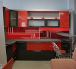 Кухня по поръчка ПДЧ в червено и черно