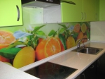 Проект на кухня с принт стъкло