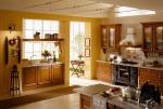Кухненски шкафове от масив
