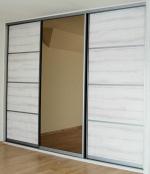 вградени гардероби с плъзгащи врати