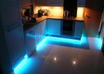 Индивидуално кухненско обзавеждане с лед осветление