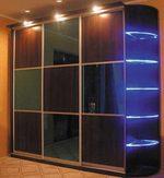 Стилни гардероби за дома в комбинация със стъкло