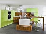 Кухня в зелено гланц
