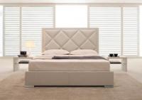 Легло в бяло с тапицирана табла