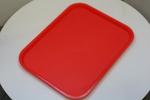 качествени  табли в столова за сервиране