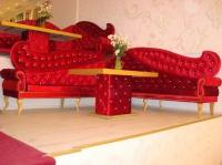 Луксозни мебели за заведения