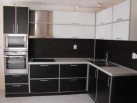 Черна кухня по поръчка