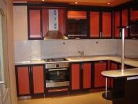 Червена кухня по поръчка
