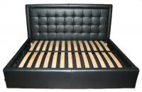 Черна тапицирана спалня