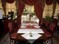 Мебели за ресторанти