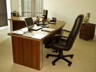 Ъглови офис бюра