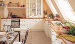 нестандартни бели кухни  масив нерушими