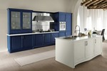 луксозни  масивни кухни с плавни механизми