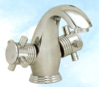Стоящ двуръкохватен смесител за мивка