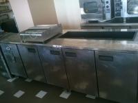Хладилна маса с 5 врати