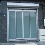 стъклени врати по поръчка 1352-3577