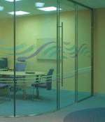 стъклена врата по поръчка 1454-3577
