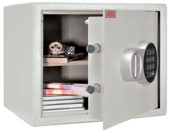 Поръчкови сейфове за вграждане