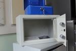 Проектиране и изработка на сейфове за магазин за бижута