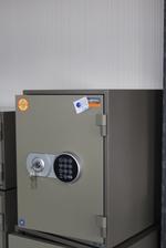 Специализиран сейф с дигитално заключване