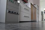 Дизайнерски депозитен сейф с достъп чрез забавено отваряне