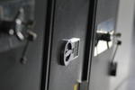 Поръчкова изработка на сейф за магазин за бижута
