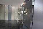 Поръчкова изработка на малък офис сейф
