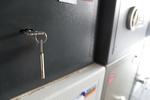 Дизайнерски сейф за магазин за часовници
