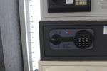 Поръчкова изработка на сейфове за магазин за часовници