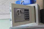 Поръчков сейф за училища