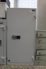 железни сейфове за  с уникален дизайн