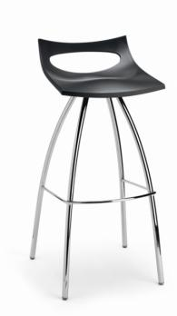 Елегантен бар стол в черно